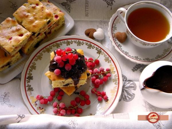 Prajitura cu fructe si ciocolata