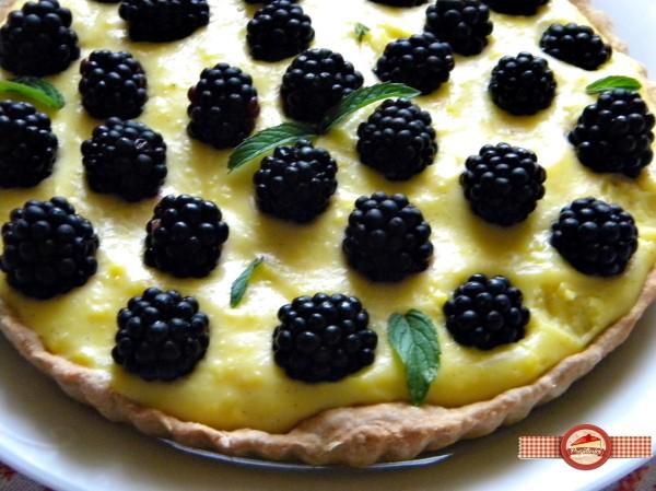 tarta cu crema de vanilie si mure8
