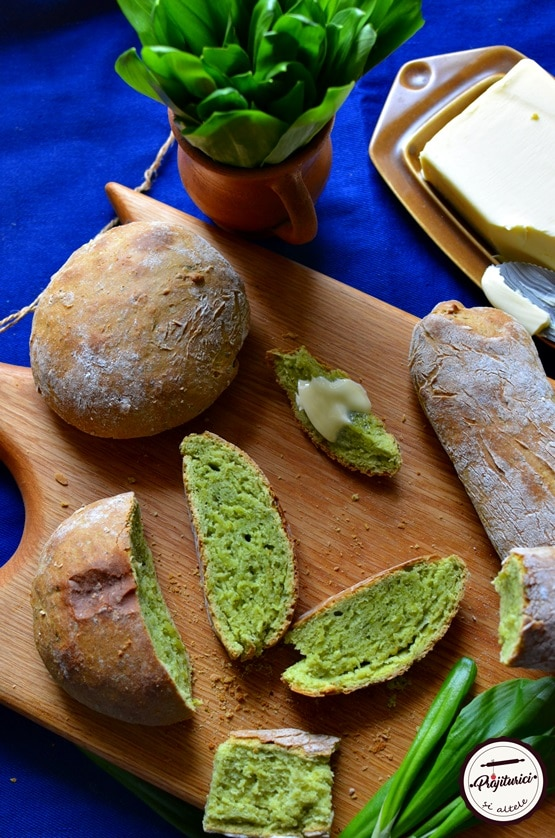 paine cu leurda