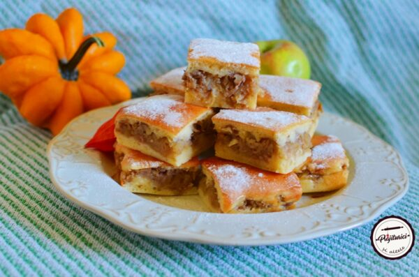 prajitura economica cu mere