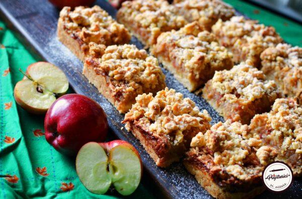 Prajitura cu mere si aluat sfaramicios
