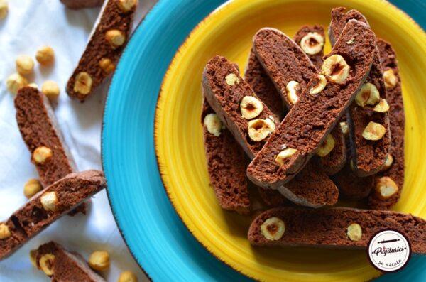 biscotti cu alune de padure si cacao